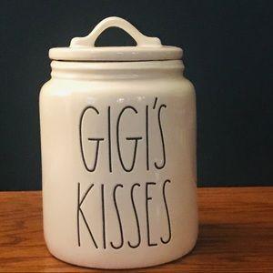 Rae Dunn GIGI's KISSES 😘